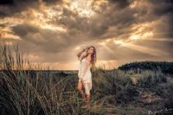 Make your photo dramatic with low key lighting